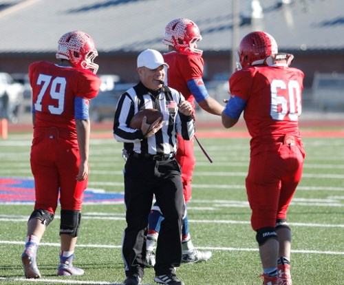 Wisconsin Officials Showcase Example Of Good Sportsmanship